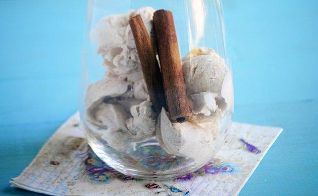 No-Churn-Cinnamon-Ice-Cream.jpe