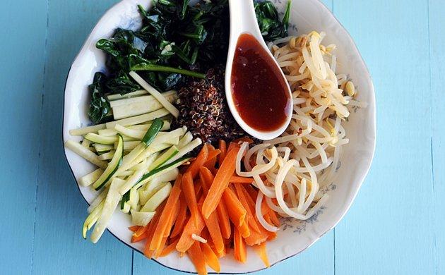 Vegetable-Quinoa-Bimbimbap.jpe