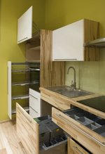 sh_cabinets.jpe