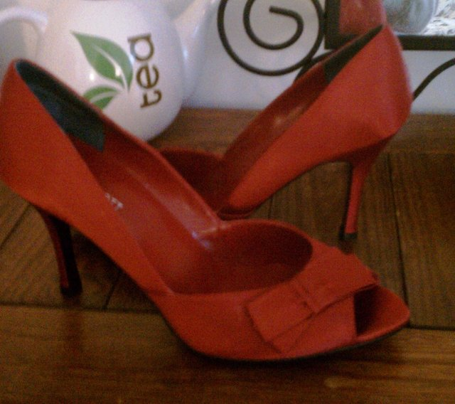 shoes.jpe