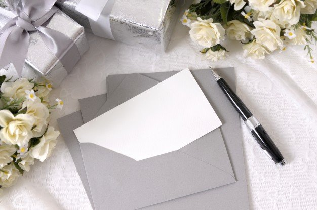 wedding-invitation-and-pen_1101-186.jpe