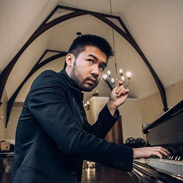 listz-piano-concerto-conrad-tao.jpe