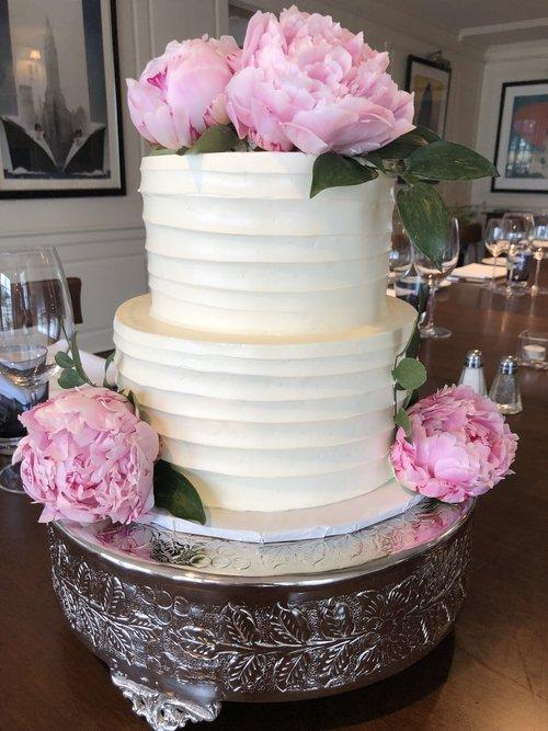 Wedding+cake+peony.jpg