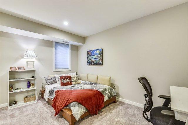 Lower Level-Bedroom-_DSC5281.JPG