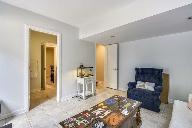 Lower Level-Bedroom-_DSC5311.JPG