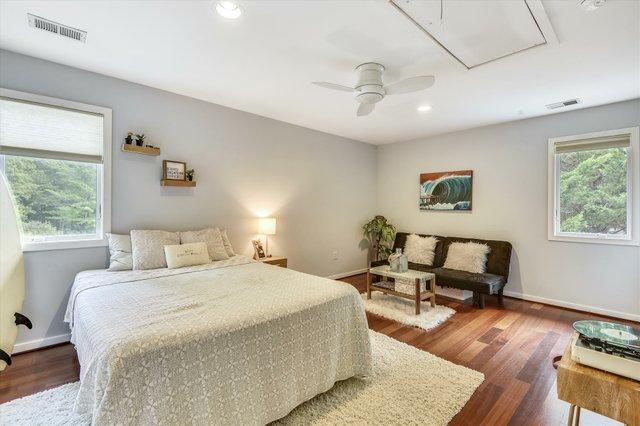 Upper Level-Bedroom-_DSC4871.JPG