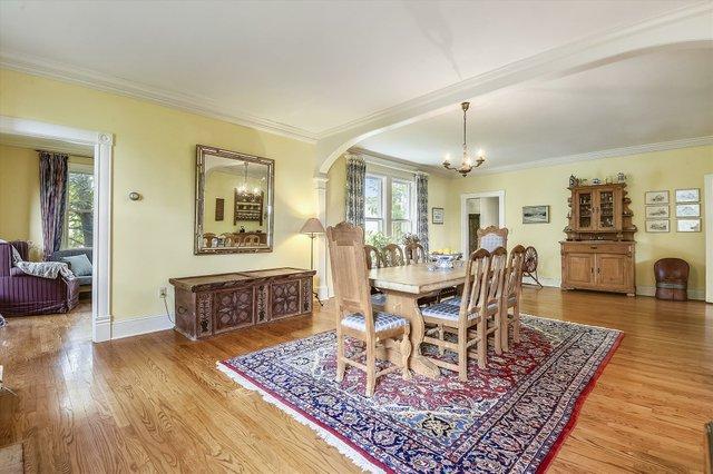 Main Level-Sitting Room-_DSC8630.JPG