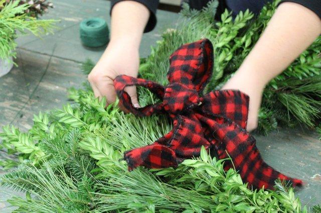 Fresh Wreath Making.jpg