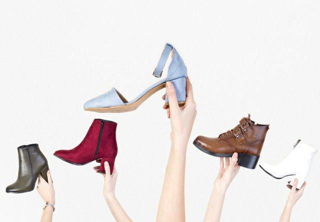 B0120_0001s_0004_shoe trends.jpg