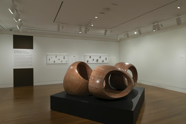 2018_Henry_Moore_The_Three_Rings.jpg