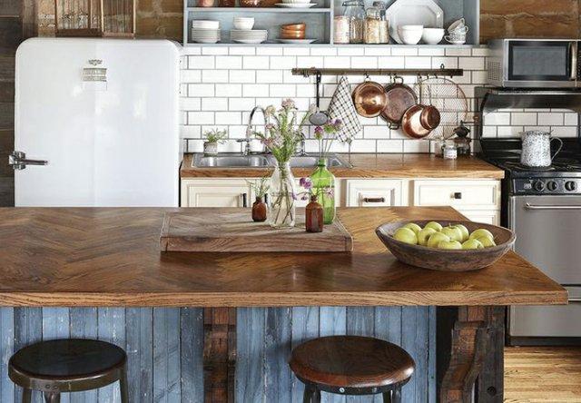 B0820_0001s_0007_kitchen island.jpg