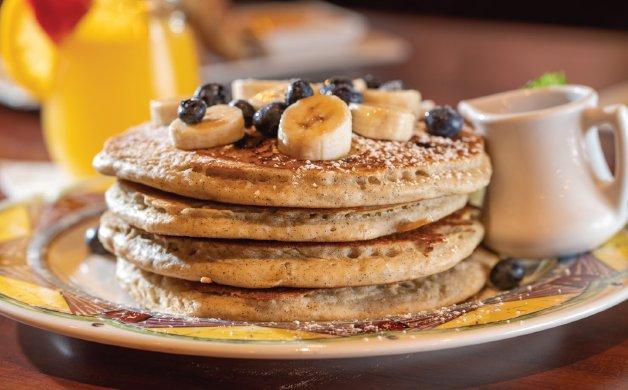 C0820_0001s_0000_elevating breakfast 1.jpg