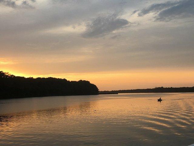 Sunset_and_kayak.jpg