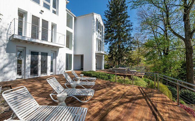 severn-river-waterfront-waterside-deck.jpg