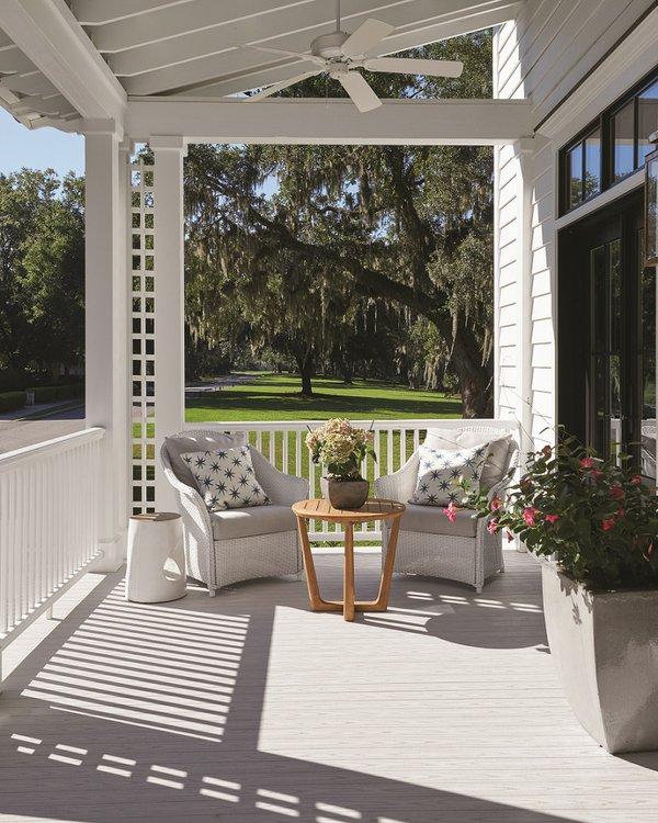 azek-porch-oyster-premier-railing-beaufort-06-copy.jpg