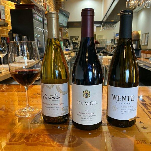 3 wine bottles glass 1080 x 1080 .jpg