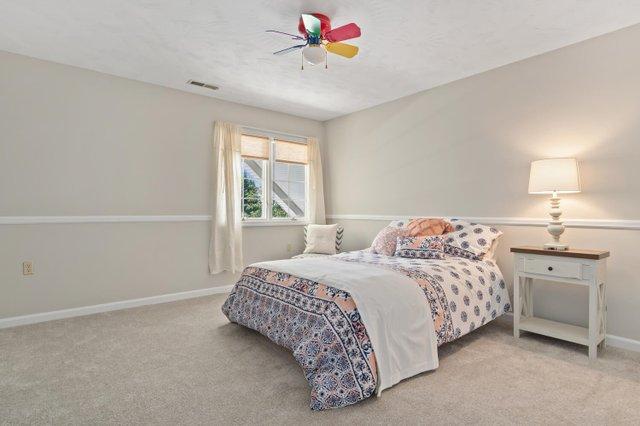 1310 Love Point Rd-large-044-043-Bedroom-1500x1000-72dpi.jpg