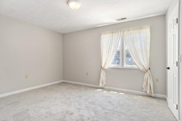 1310 Love Point Rd-large-046-039-Bedroom-1500x1000-72dpi.jpg