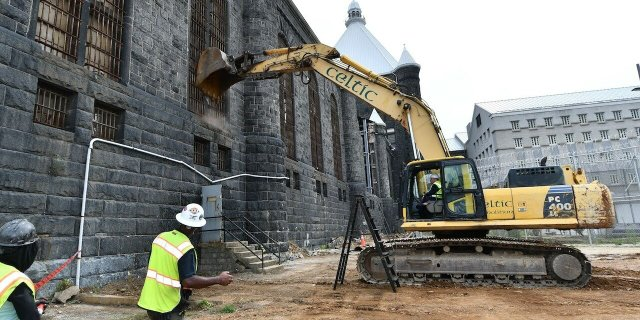 Hogan-jail-demolition-8-3-2021-1280x640.jpg