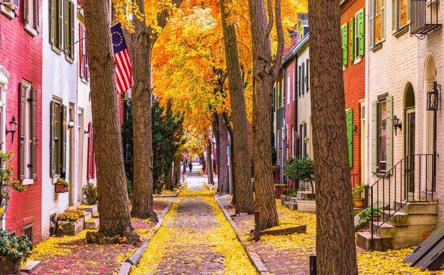 fall-in-philadelphia-P7QSU4U.jpe